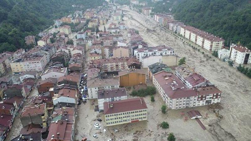 """AFAD açıkladı: """"Sel nedeniyle Kastamonu'da 25, Sinop'ta 2 vatandaşımız hayatını kaybetmiştir"""""""