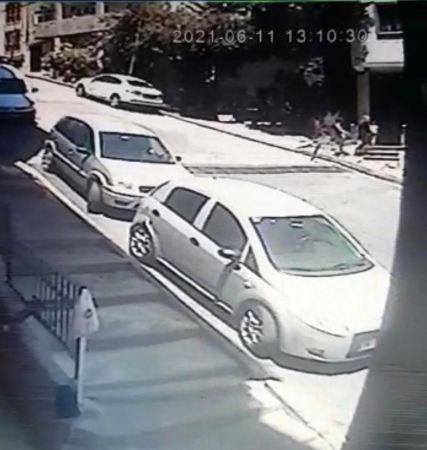 İstanbul'da hırsız hamile kadın, minik çocuğun kumbarasını çaldı   Son Dakika