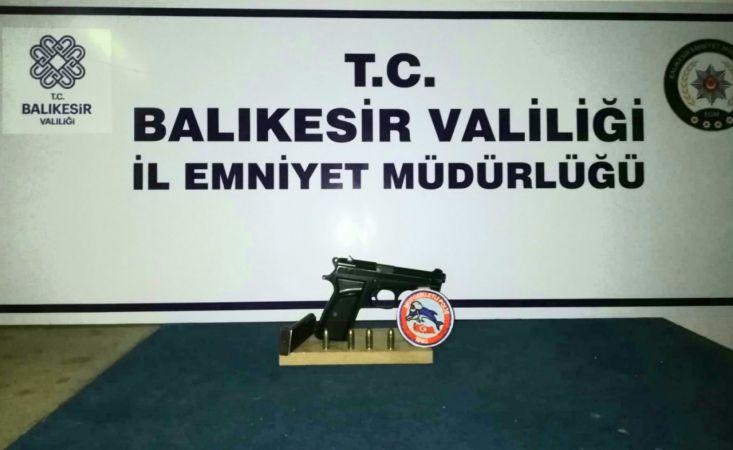 Balıkesir'de polis 32 şahsı gözaltına aldı | Son Dakika