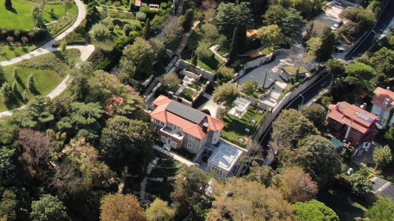 İBB Başkanı İmamoğlu'nun, şehitlik arazisi üzerine yapılan saray gibi lojmana yerleştiği iddia edildi