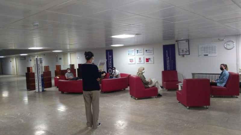 Atatürk Üniversitesi çevrimiçi yabancı dil sınavlarını gerçekleştiriyor