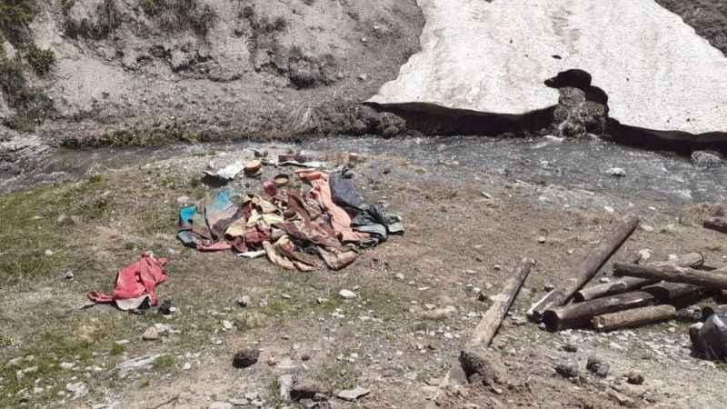 Van'da teröristlere ait sığınak imha edildi