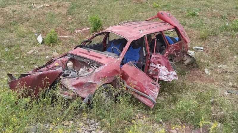 Bingöl'de otomobil ile traktör çarpıştı ağır yaralılar var!