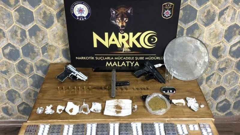Uyuşturucu satıcılarına operasyon 6 gözaltı!