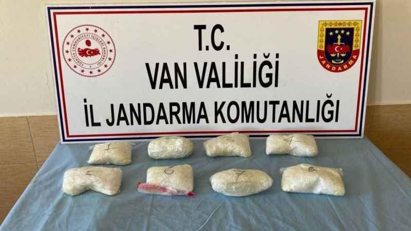 Van Başkale'de 7 kilo 621 gram metamfetamin ele geçirildi!