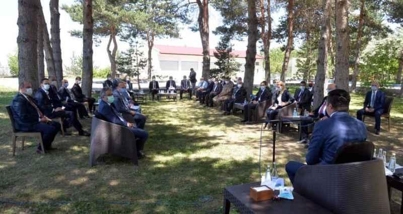 Vali Okay Memiş başkanlığında Pandemi Kurulu toplantısı gerçekleştirildi