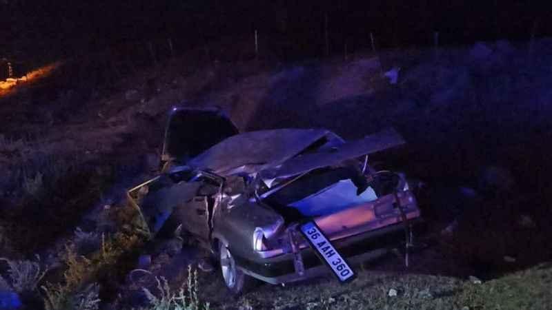 Kars'ta trafik kazası: 1 ölü, 1 yaralı