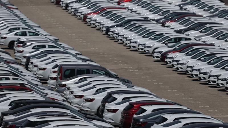 Galericilerden beklenen açıklama geldi! Araba fiyatları ne zaman düşecek?
