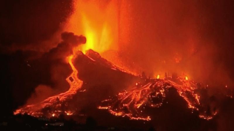 Lavlar evleri yutuyor! Cumbre Vieja yanardağından korkunç görüntüler! Cehennem gibi...