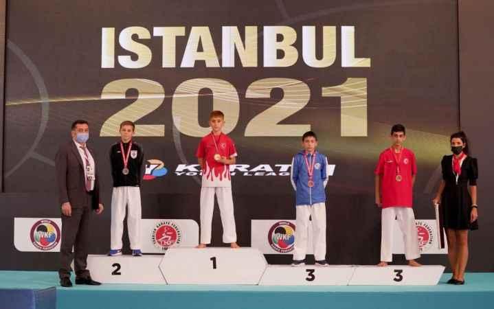 Vanlı karateci dünya birincisi oldu