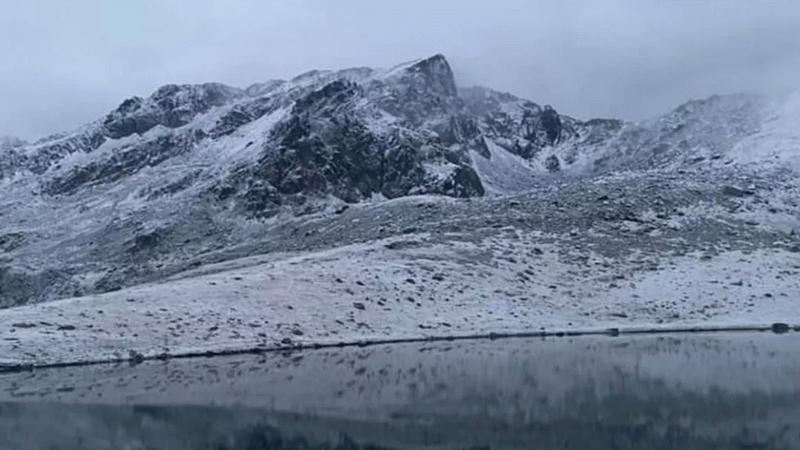 Beklenen soğuk hava ve kar geldi! Yüksek kesimler beyaza büründü!