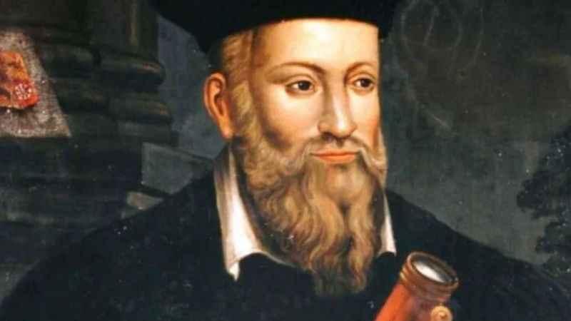 Kendi ölümünü bilen kahinden şok kehanet! Nostradamus, insanlığın sonu için tarih vermiş!