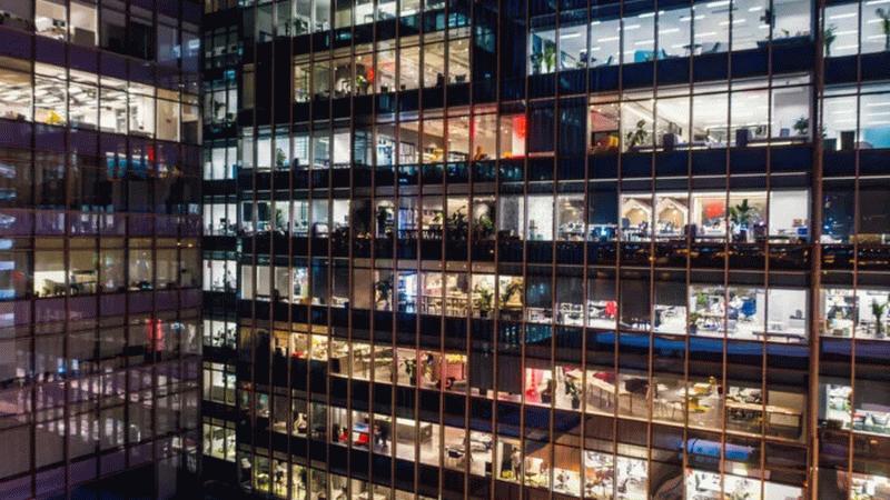 40 saatlik ofis hayatı artık geçmişte kaldı! Şirketler tek tek duyurmaya başladılar!