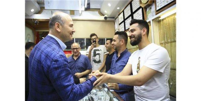İçişleri Bakanı Süleyman Soylu'dan Kapalı Çarşı ziyareti