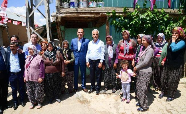 Başkan Sözlü Tufanbeyli'de