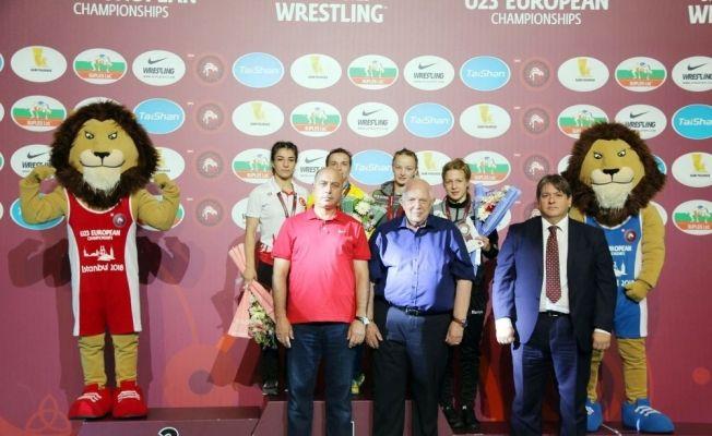 U23 Avrupa Güreş Şampiyonası'na kadınlar damga vuruyor