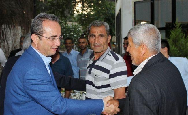 """CHP Genel Başkan Yardımcısı Tezcan: """"Suriyelilere bin 250 TL ödeniyor"""""""