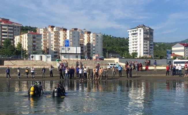 Dün serinlemek için denize giren lise öğrencisinin cansız bedeni bulundu