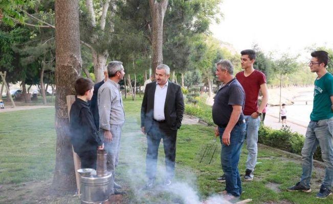 Başkan Baran'ın esnaf ve vatandaş ziyaretleri sürüyor