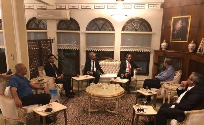 Rektör Bağlı Tokat Valisi Toraman'ı ziyaret etti