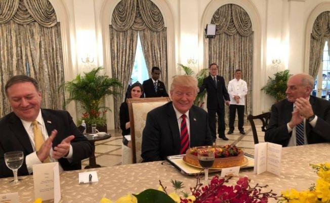 Trump tarihi zirve öncesi Singapur Başbakanıyla görüştü