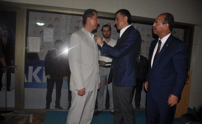 Saadet Partisi Kadirli ilçe Başkanı istifa ederek Ak Parti'ye geçti