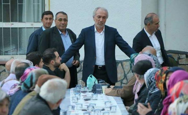 57 mahallede yaklaşık 45 bin kişi ile iftar yapan Başkan Kamil Saraçoğlu: Aynı sofrada birlikte Kütahya'yız