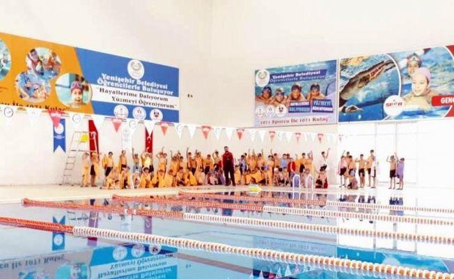 Diyarbakır'da bin öğrenci daha yüzme öğrenecek
