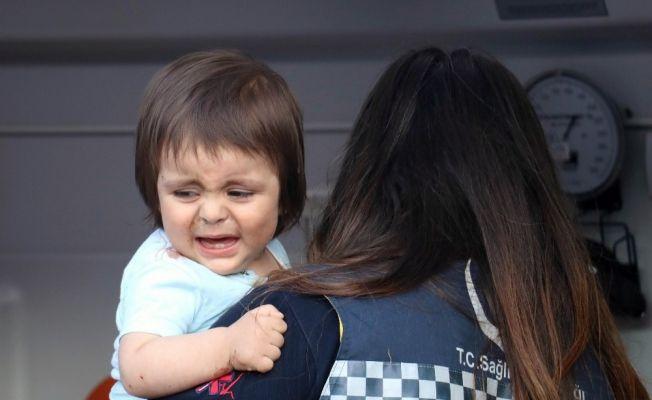 Minik Muhammed yaralı babasına ağladı