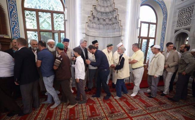 """Başkan Karaosmanoğlu: """"Bu bayram çocukları özellikle sevindirelim"""""""
