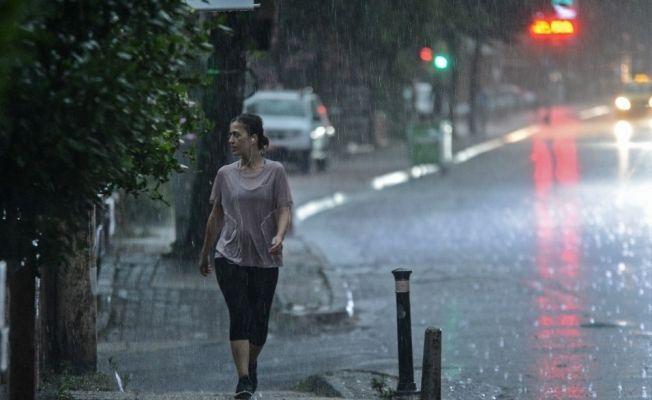 İstanbul'da fotoğraflarla sağanak yağış