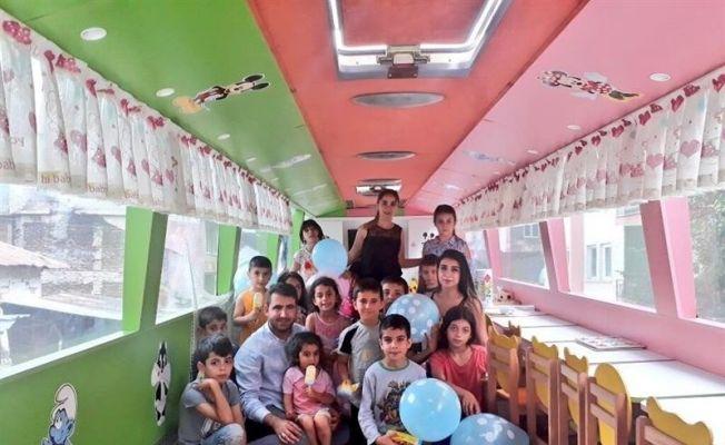 Şehit öğretmenin adı verilen gezici okul çocuklarla buluşuyor