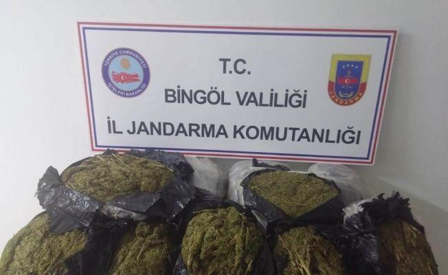 Bingöl'de 24 kilo esrar ele geçirildi