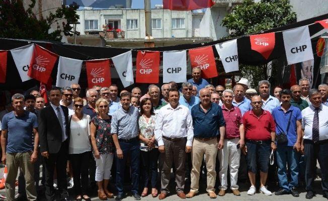 Ortaca CHP'de bayramlaşma