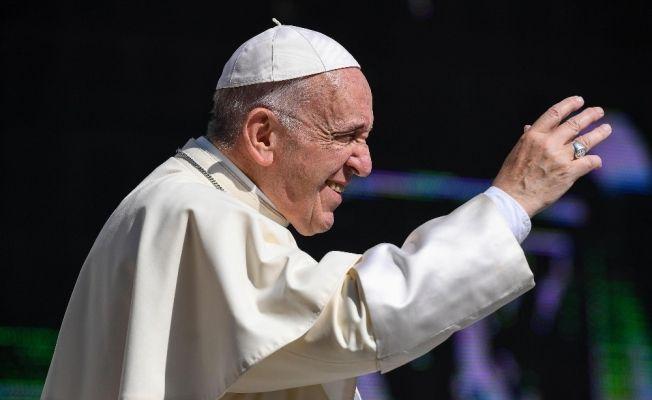 Papa Francis'ten, Trump'ın göçmen politikasına eleştiri