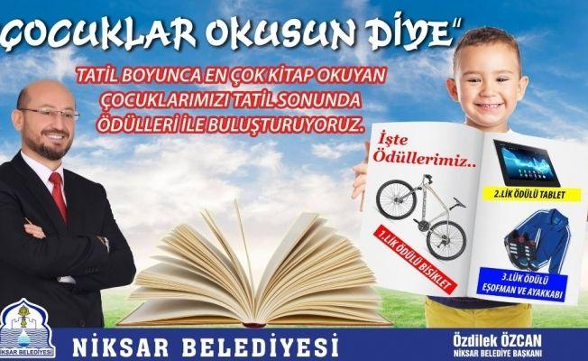 Niksar'da kitap okuyan çocuklar ödüllendirilecek