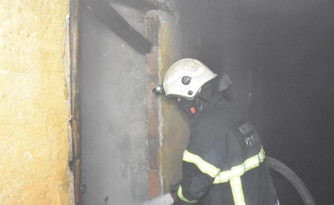 Kırıkkale'de yangında 6 kişi dumandan zehirlendi