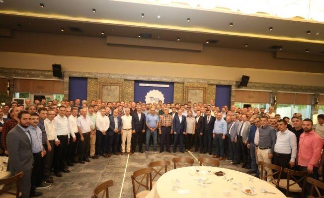 Büyükşehir Belediyesi yöneticileriyle değerlendirme toplantısında buluştu