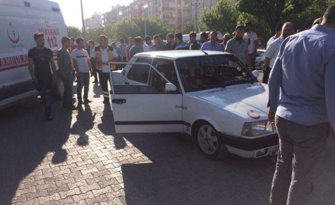 Besni'de otomobil küçük kıza çarptı
