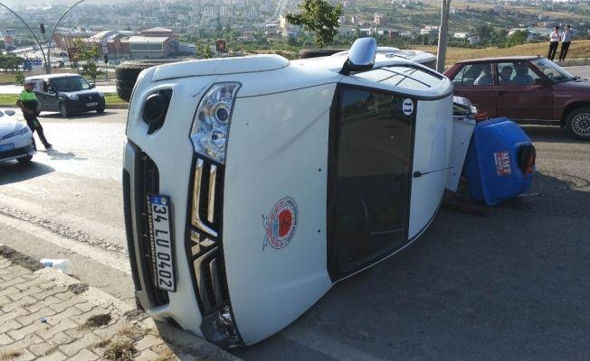 Samsun'da ilaçlama aracı devrildi: 1 yaralı