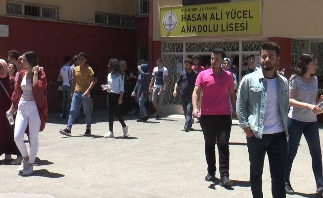 Gaziantep'te YKS maratonun ilk ayağı olan TYT tamamlandı