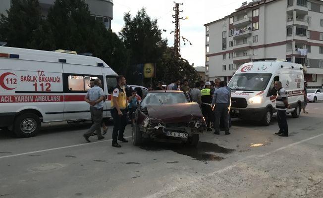Elbistan'da trafik kazası 1 yaralı