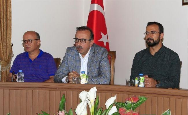 Belediye Başkanı Seçen, meclis üyelerine 3 aylık çalışmalarını değerlendirdi