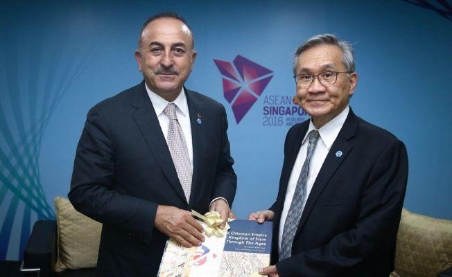 Bakan Çavuşoğlu, Tayland ve Malezya Dışişleri Bakanlarıyla görüştü