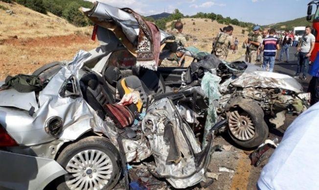 Bingöl'de 8 kişinin ölümüne neden olan kazada ölenlerin 3'ü Kahramanmaraşlı