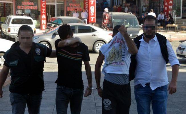 Kahramanmaraş'taki narkotik operasyonunda 4 gözaltı