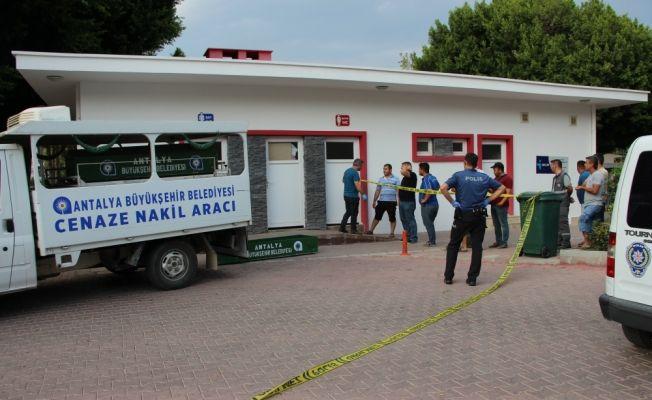 Antalya'da erkek cesedi bulundu