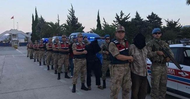 Son dakika...9 YPG'li MİT tarafından Hatay'a getirildi