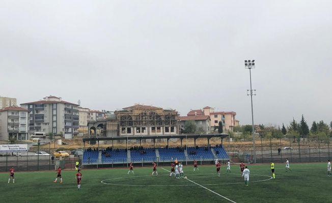 Elbistanspor, Pütürge Belediyespor maçında 3 puanı 2 golle aldı