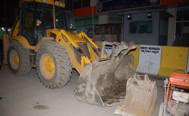 Çalınan iş makinesi Afşin'de ormanlık alanda bulundu
